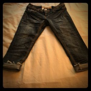 Dark wash jean capri
